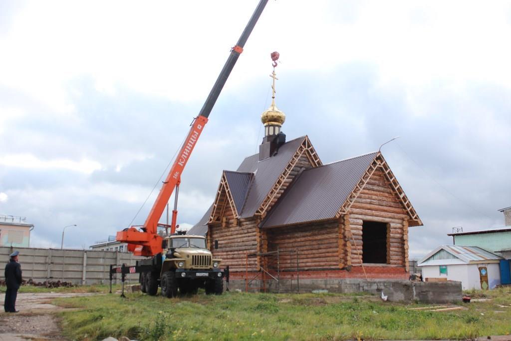 На строящемся храме ИК -8 УФСИН России по Ульяновской области установили купол
