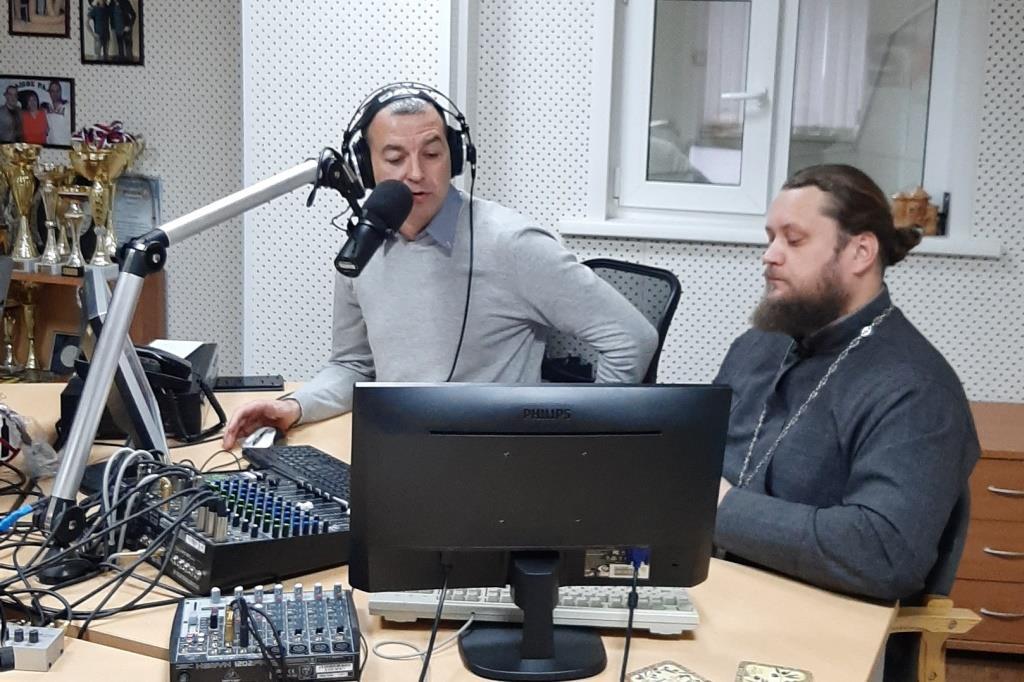 Сотрудники УФСИН России по Ульяновской области выступили в прямом эфире «Радио 2х2»